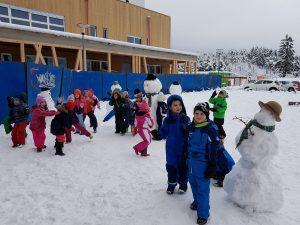 20171201 111658 300x225 - Snežaki v vrtcu
