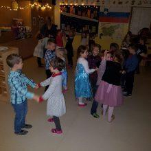 20181218 173935 220x220 - Prednovoletni ples